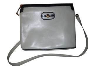 Gucci Vintage Leather Shoulder Bag