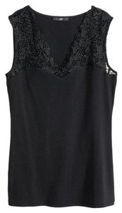 H&M V-neck Detail Lace Top Black