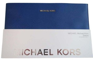 Michael Kors MICHAEL KORS COVER/SLEEVE FOR MACBOOK 11