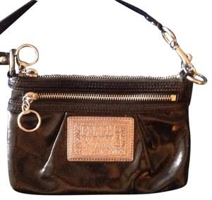 Coach Coach Patent Leather Poppy Wristlet (Large)