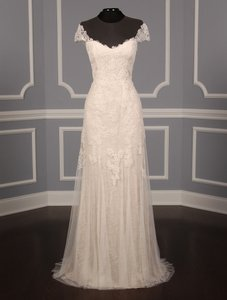 Monique Lhuillier Avery Wedding Dress