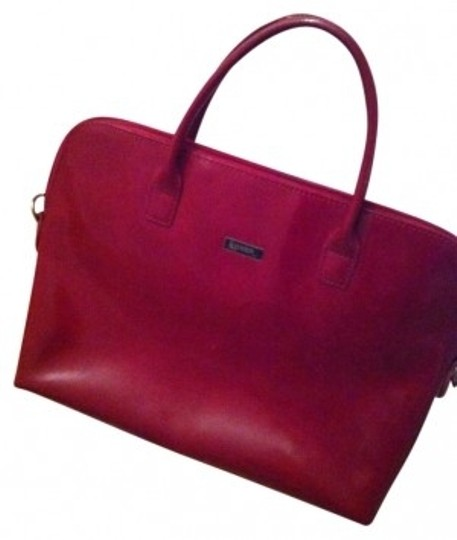 Preload https://item1.tradesy.com/images/red-leather-tote-172855-0-0.jpg?width=440&height=440