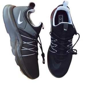 Nike Black Classic Flywire Lacing New