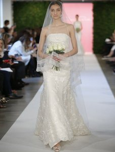Oscar De La Renta 66e12 X Wedding Dress