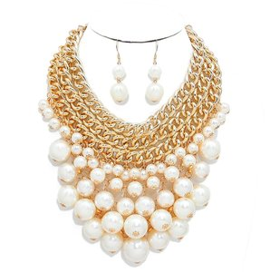 Other Lots Of Pearls Cluster Chain Necklace and Earrings
