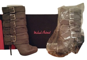 Michael Antonio Women's Masado boots 5 Buckles Zipper Close Grey Boots