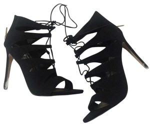 Madden Girl New Suede Strappy black Pumps