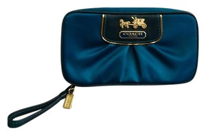 Coach Jewelry Case Clutch Wristlet in Emerald deep Green/gold