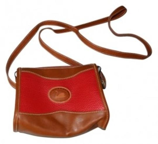 Preload https://item5.tradesy.com/images/duck-head-classic-collection-purse-red-and-brown-man-made-leather-shoulder-bag-17294-0-0.jpg?width=440&height=440