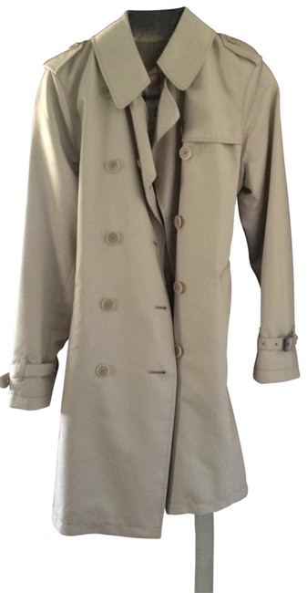 Preload https://item1.tradesy.com/images/burberry-beige-trench-size-8-m-172940-0-0.jpg?width=400&height=650