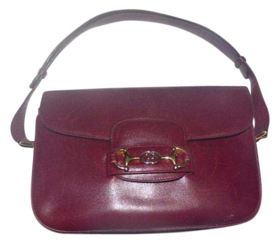bda59e0d089 Gucci Equestrian Accents Excellent Vintage Accordion Bottom Two Strap  Lengths Ox Blood Hobo Bag Image 0 ...