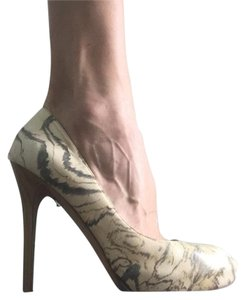Alexander McQueen Neutral mix Pumps