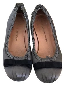 Marc by Marc Jacobs Charcoal Flats