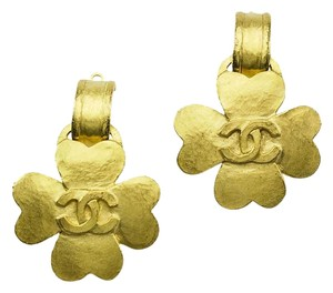 Chanel Chanel Gold Clover CC Logo Earrings