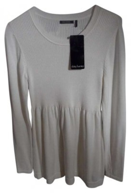 Daisy Fuentes New With Tags Super Soft Size Medium Round Neck Ribbed Design Half Of Sweater