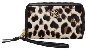 Tory Burch Tory Burch Wristlet - Robinson Leopard Print Calf Hair IPhone 5/5s New