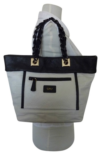 Preload https://item1.tradesy.com/images/furla-quilted-blackwhite-small-tribe-blackwhite-leather-tote-1730060-0-0.jpg?width=440&height=440
