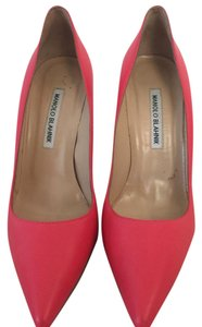 Manolo Blahnik Pink Pumps