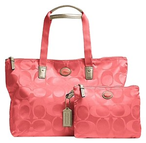 Coach Weekender Nylon Signature Packable Tote Getaway Coral Travel Bag