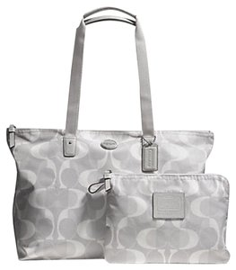 Coach Weekender Nylon Signature Tote Getaway Light Grey Travel Bag