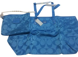 Coach Weekender Nylon Signature Packable Tote Getaway Blue Travel Bag