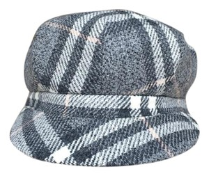 Burberry Authentic 100% Wool Newsboy style cap