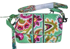 Vera Bradley NWT Tutti Fruiti Vera Bradley All in One Cross Body Wallet Hipster