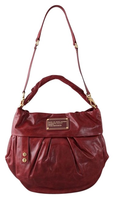 Item - Twisted Q Red Leather Hobo Bag