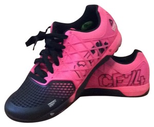 Reebok Black and hot pink Athletic