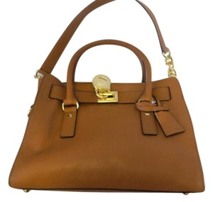 Michael Kors Leather Vintage Satchel in Camel