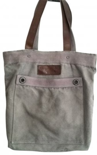 Preload https://item4.tradesy.com/images/abercrombie-and-fitch-gray-tote-17308-0-0.jpg?width=440&height=440