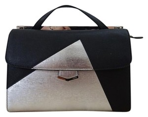 Fendi Satchel in Nero/Silver