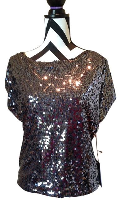 Preload https://item5.tradesy.com/images/jennifer-lopez-gray-night-out-top-size-0-xs-1730849-0-0.jpg?width=400&height=650
