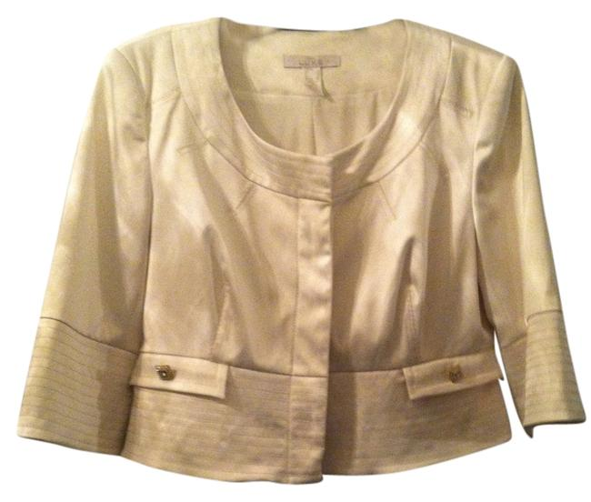 Preload https://item2.tradesy.com/images/cache-ivory-luxe-blazer-size-10-m-1730951-0-0.jpg?width=400&height=650