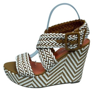 Via Spiga Wedge Kagen Tan & White Wedges