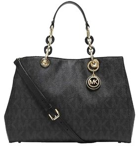 Michael Kors New Satchel in black