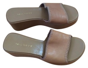 Nine West Tan Mules