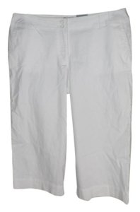 Chico's Cropped Summer Capris white
