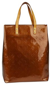 Louis Vuitton Reade Mm Tote in Brown