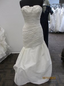 St. Patrick Coctel (33l) Wedding Dress