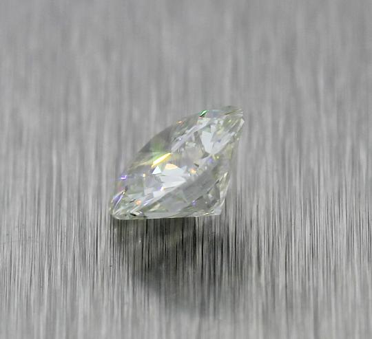 Nature Breeze 2.03ctw GIA Certified Round Brilliant Cut Light Yellow-Green Loose Diamond