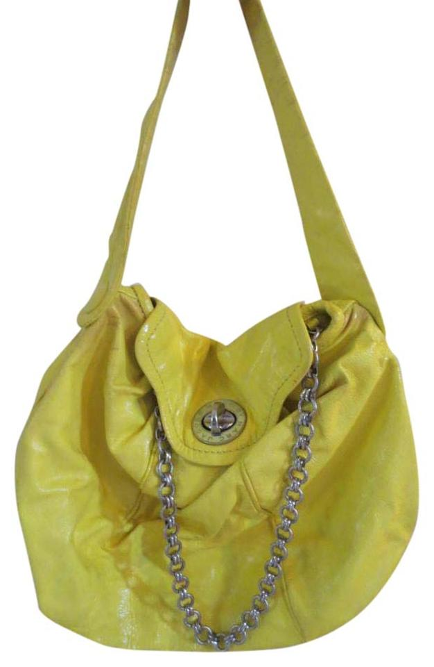 8c1f48a16493 Marc Jacobs By Posh Turn-lock Crinkled W  Chain Yellow with Black ...