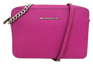 Michael Kors Fuchsia Saffiano Leather Jet Set Travel Pink Cross Body Bag
