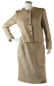 Chanel Chanel Vintage Women's Beige Skirt Suit, Size 42 (27725)