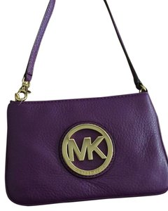 Michael Kors 38t1xftw1l Violet Pet/smokefree Leather Clutch Wristlet in Purple