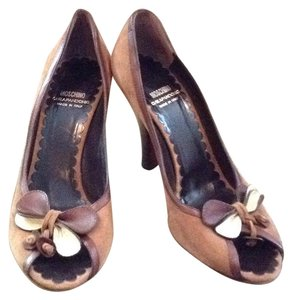 Moschino Brown Pumps