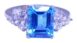 9.2.5 Admirable Emerald Blue topaz Ring 4 CT Natural Sterling Silver