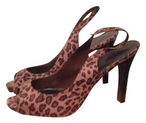 Fioni Cheetah Sandals