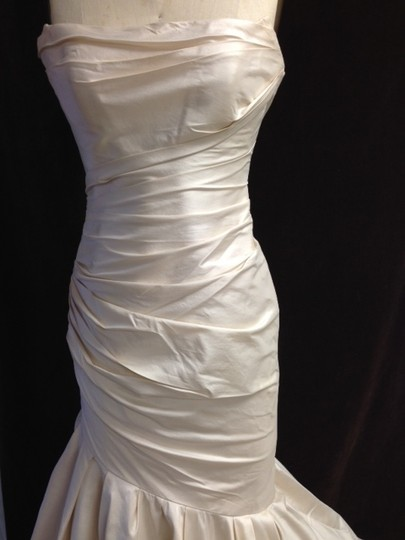 Romona Keveza Ivory Silk Shantung Taffeta Mermaid Rk883 Lightweight Ruched Sz6/ Sexy Wedding Dress Size 6 (S)