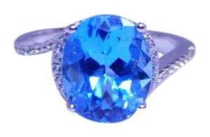 9.2.5 Exquisite Oval Blue topaz Ring 4 CT Natural Sterling Silver